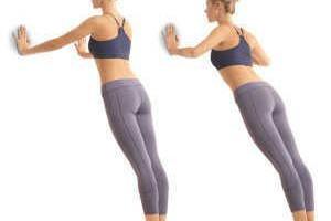 Как сделать грудь упругой: простые упражнения для домашней тренировки
