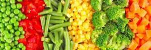 Какие овощи и фрукты полезнее: свежие или замороженные