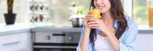 Фруктовый сок на завтрак пить не рекомендуется