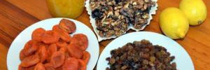 Для печени полезны курага, изюм, орехи и мед