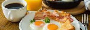 Медики рассказали, кому нужно обязательно завтракать