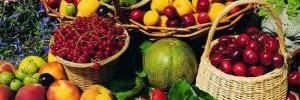 Как есть первые летние фрукты и ягоды без вреда для здоровья