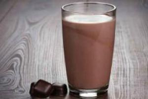 После тренировок нужно пить шоколадное молоко