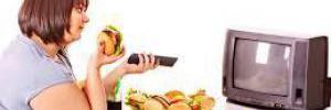 Как научиться не переедать, рассказали эксперты