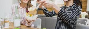 Чем ужинать, чтобы не толстеть: советы известного диетолога