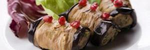 Рулетики баклажановые с орешками