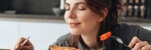 Человек может насытиться одним запахом пищи