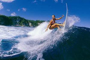 Как водная гимнастика стройнит и веселит