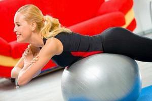 6 эффективных упражнений для красивого пресса