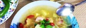 Капустный суп с копченой грудинкой