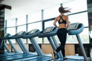 Одна тренировка на беговой дорожке поможет сбросить вес за пару дней