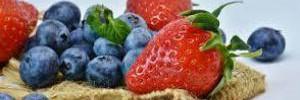 Самые полезные летние ягоды, которые стоит заготовить на зиму