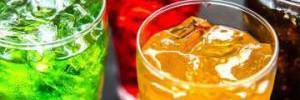 Названы напитки, которые обезвоживают организм
