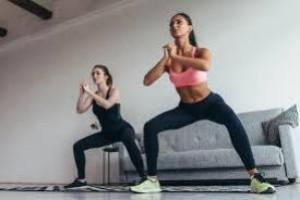 Тренировки дома: ТОП-5 эффективных упражнений для красивой фигуры