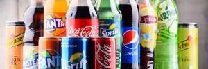 Напитки, которые содержат больше сахара, чем газировка