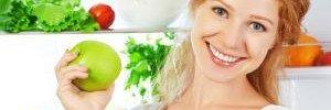Названы 7 продуктов, которые помогут не переедать